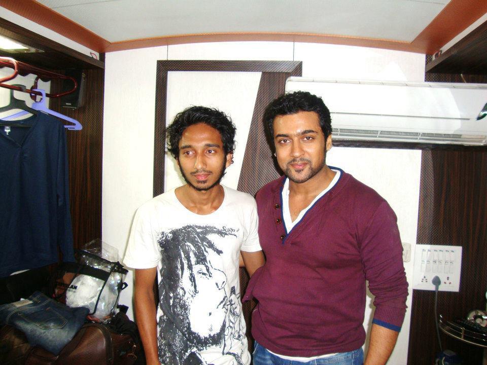 kadavul surya fans blog surya with fans surya with fans maatraan shooting spot thecheapjerseys Gallery
