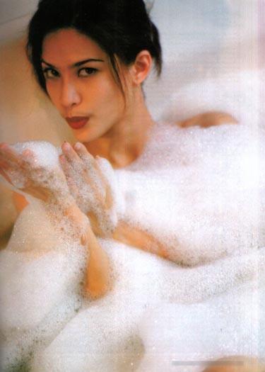 Foto mengintip tetangga lagi mandi