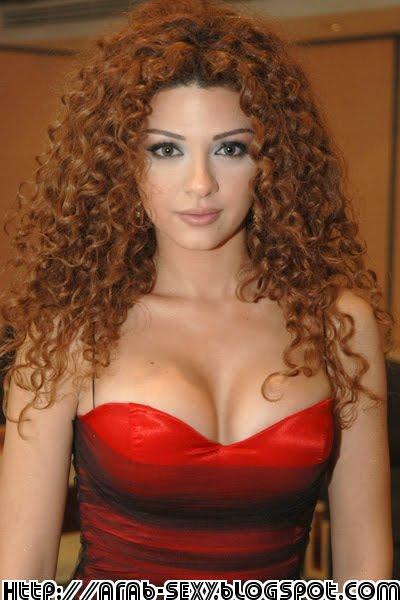 Myriam fares sexy