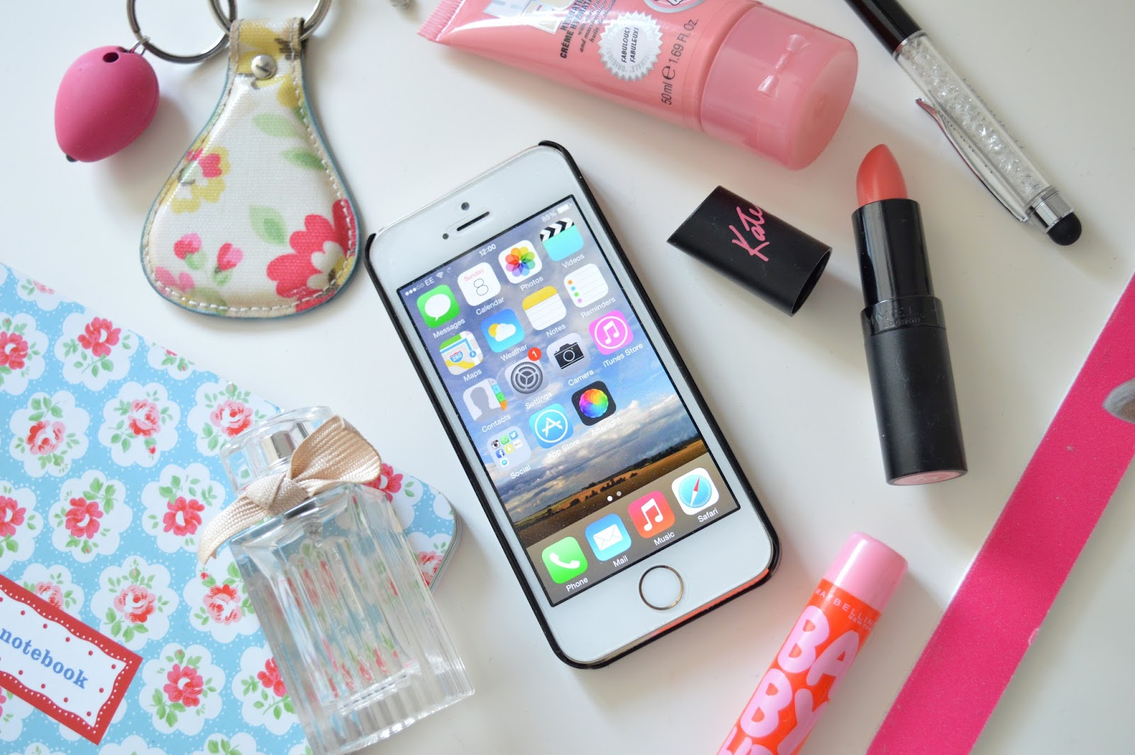 Mapped Out | What's On My Phone? - Mapped Out Blog - UK Beauty ...