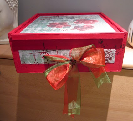Caja de vino de madera, reciclada