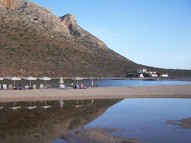 Kazancakis'in romanından uyarlanan Aleksi Zorba filminin çekildiği Hanya yakınlarındaki Stavros köyünün kumsalları