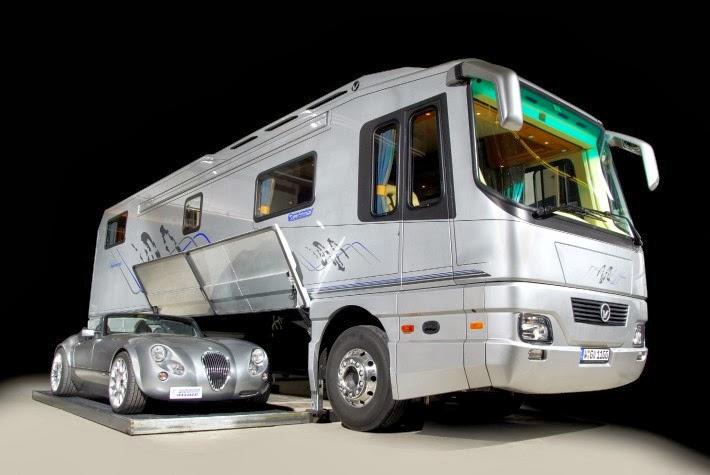 Luxury life design 1 2 million luxury motor home for Camping car de luxe avec piscine