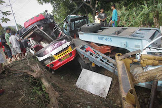 Naga Bus accident