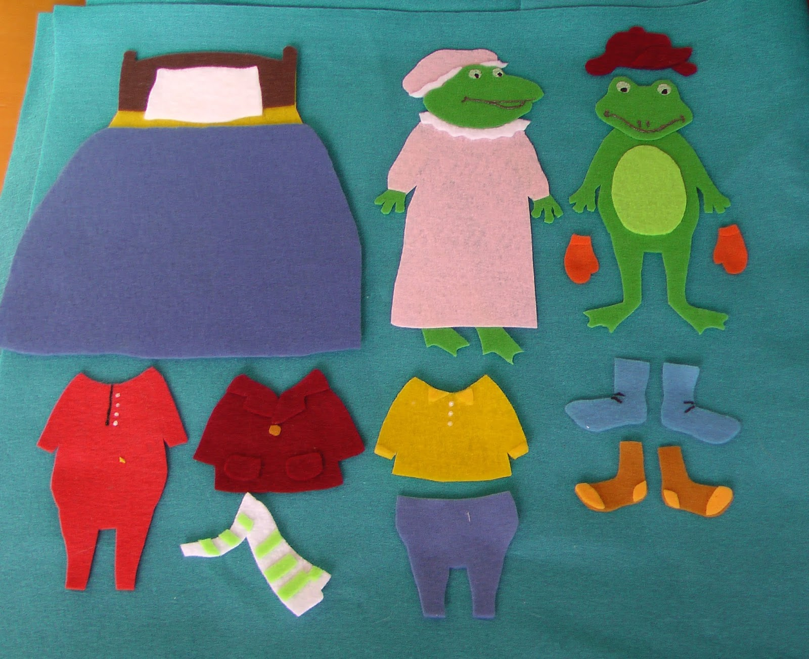 Flannel board fun froggy gets dressed for Froggy gets dressed template