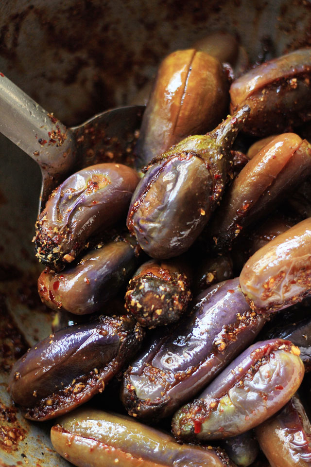 Baby Eggplant with Tamarind & Black Pepper 6 | Indian Recipes