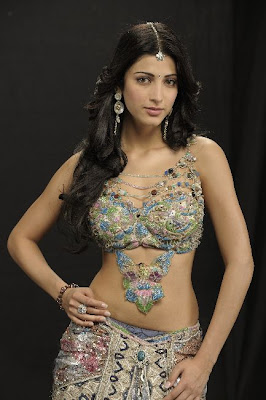 Shruti Hasan Hot Navel Show Photos