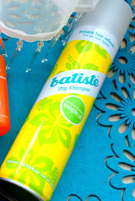 [RECENZJA] BATISTE Dry Shampoo Tropical