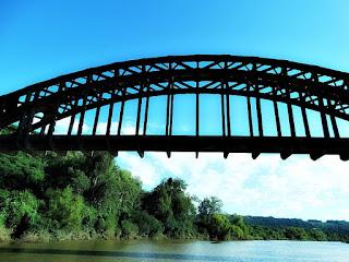 Ponte Ferroviária - Mata (RS)