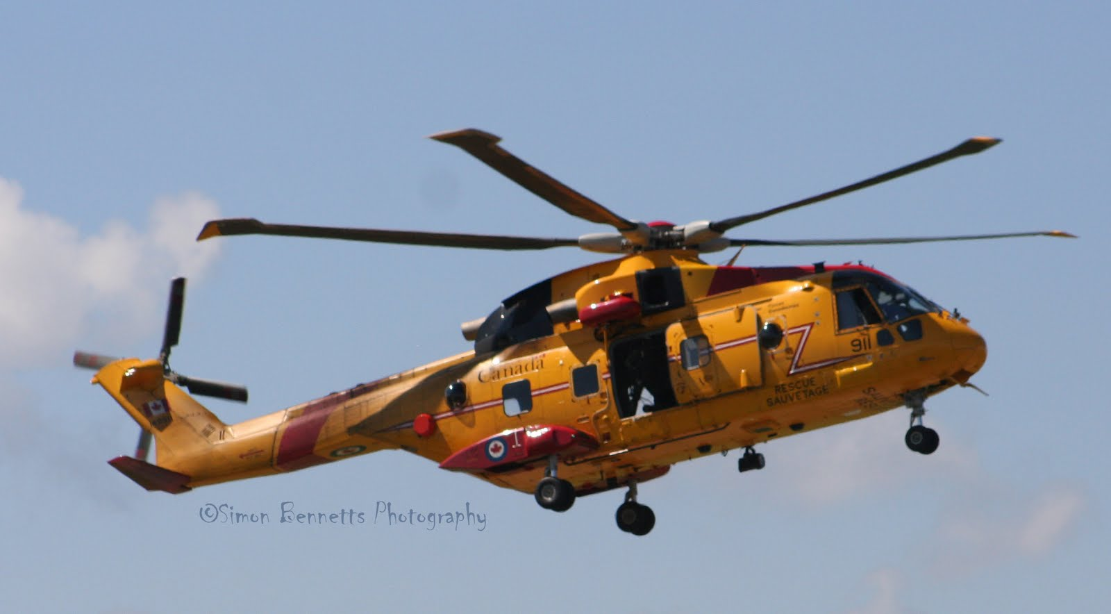 how to become a search and rescue technician canada