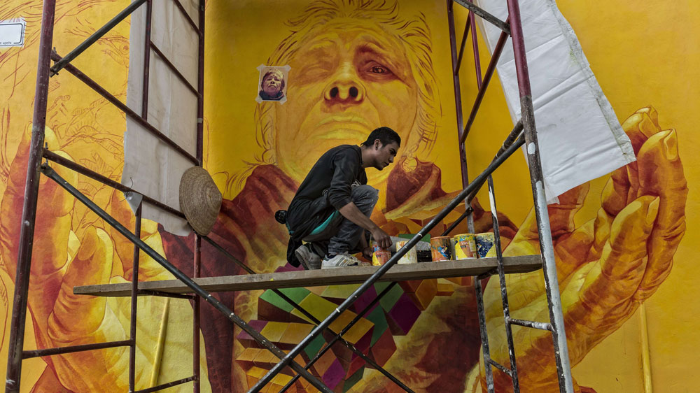 SOLYMONE BLOG: FROM GANGSTERS TO MEXICO MURAL ARTISTS