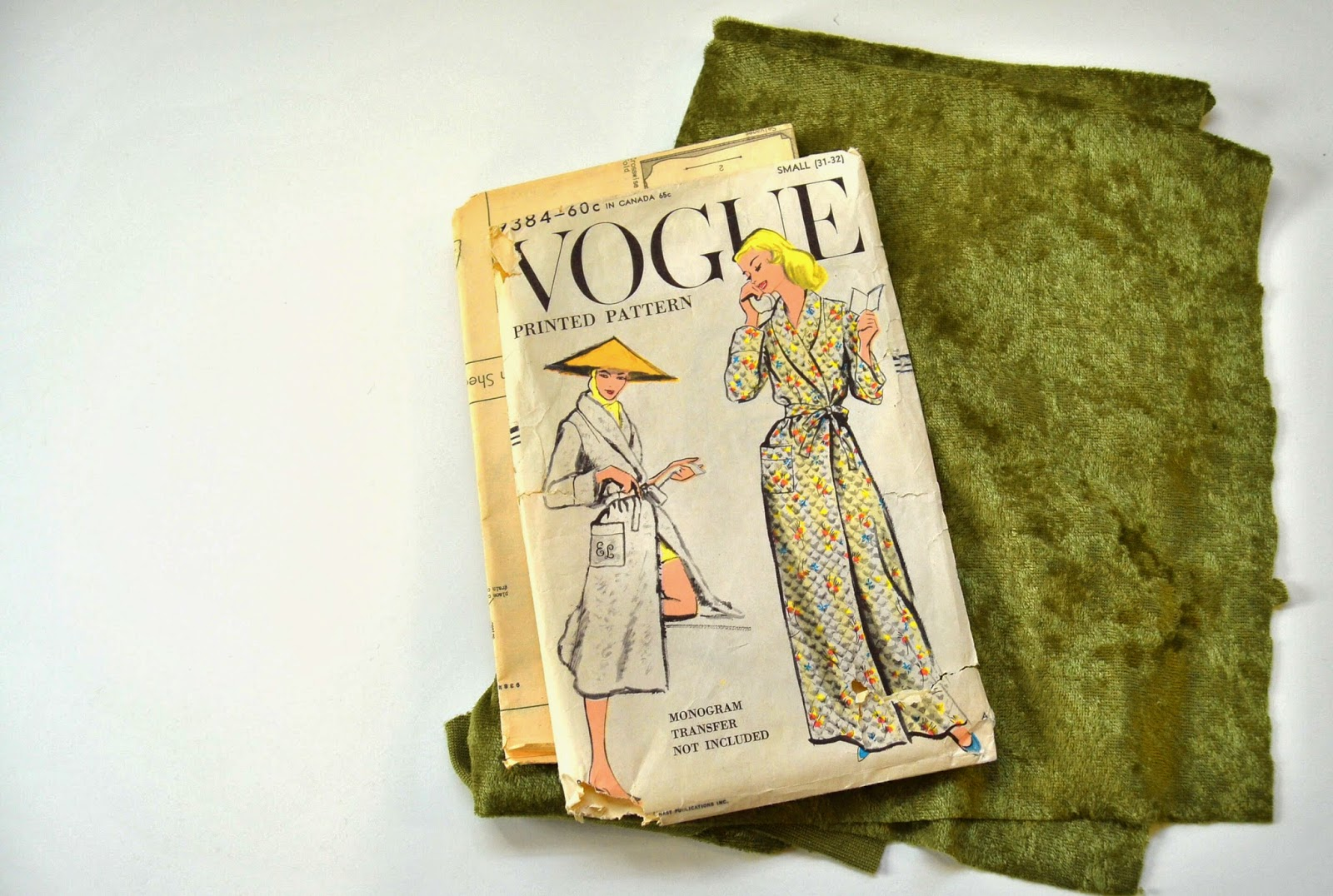 Flashback Summer: Sew For Victory 2014 - My Projects! - Vogue 9384 1950s robe