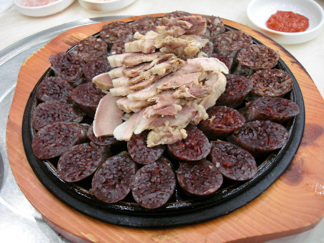 Top 10 strange korean foods koreabridge top 10 strange korean foods forumfinder Choice Image