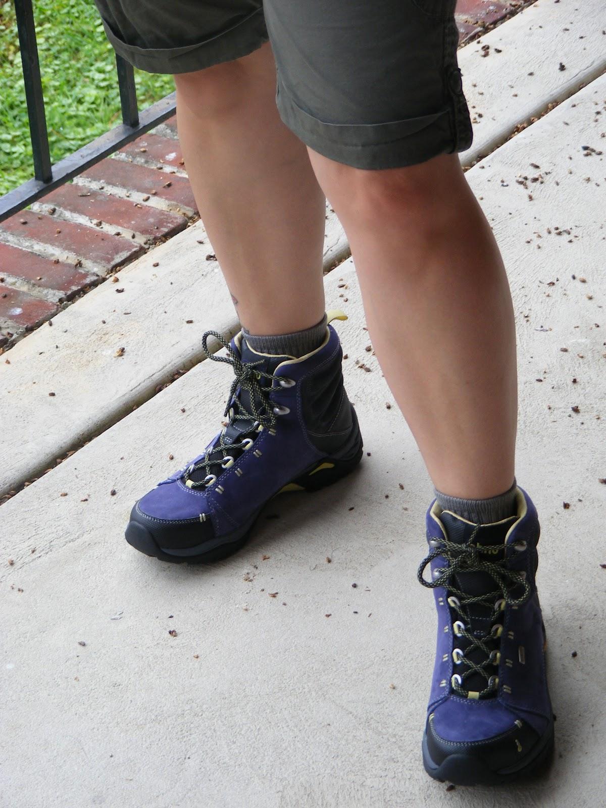 Do Ahnu Shoes Run True To Size