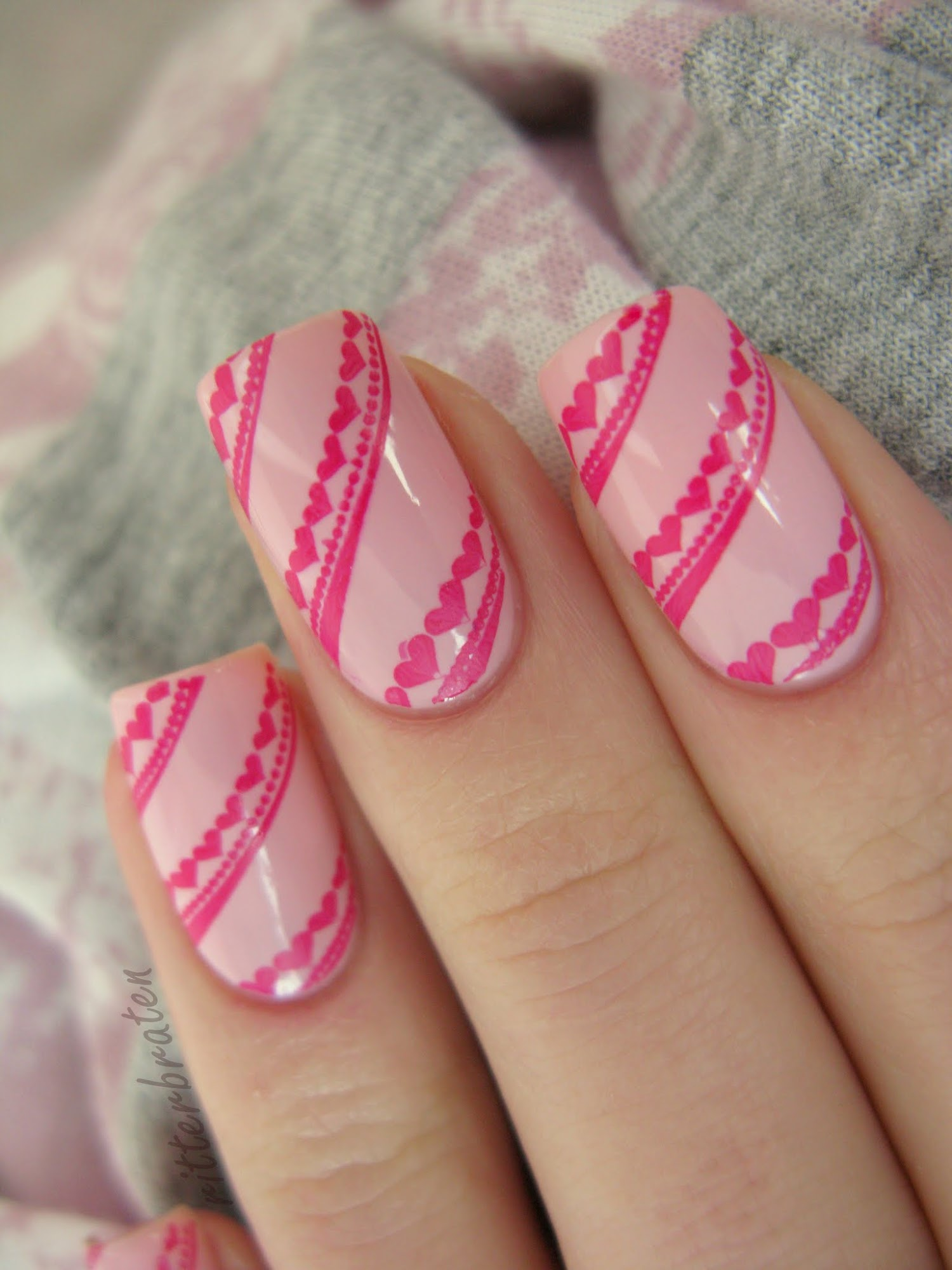 St. Valentine's Day nails