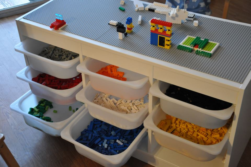 Just ideas lego storage for Table lego ikea