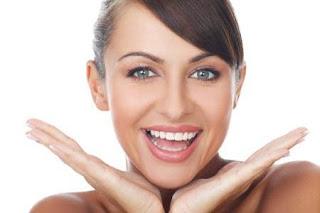 Tips Mudah Dan Murah Untuk Memutihkan Gigi