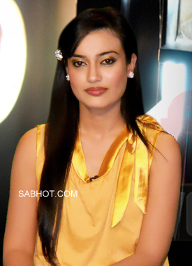 surbhi jyoti in yellow dress - (4) - surbhi jyoti Wallpapers