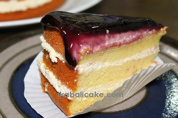 IKA Bali Blueberry Cheese Cake