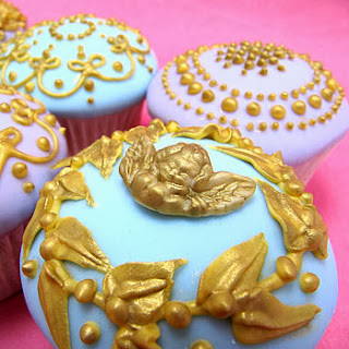 Marie Antoinette Cherub Cupcakes
