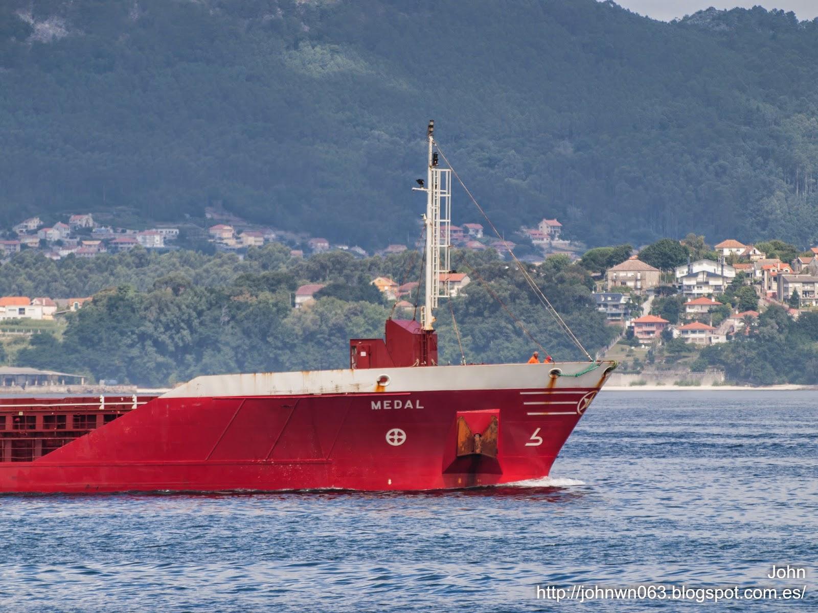 fotos de barcos, imagenes de barcos, medal, naviera murueta, carga general, vigo