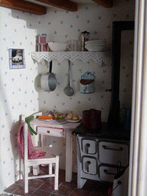 Les vitrines deminimanie la cuisine l 39 ancienne - Chute de lino ...