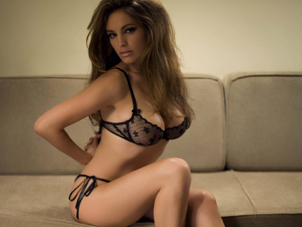 Kelly brook gallery