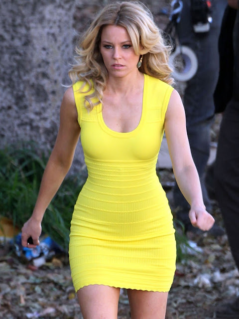 Elizabeth Banks in a Cocoon Yellow Dress
