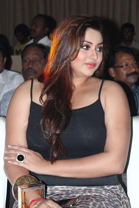 namitha black dress hot images