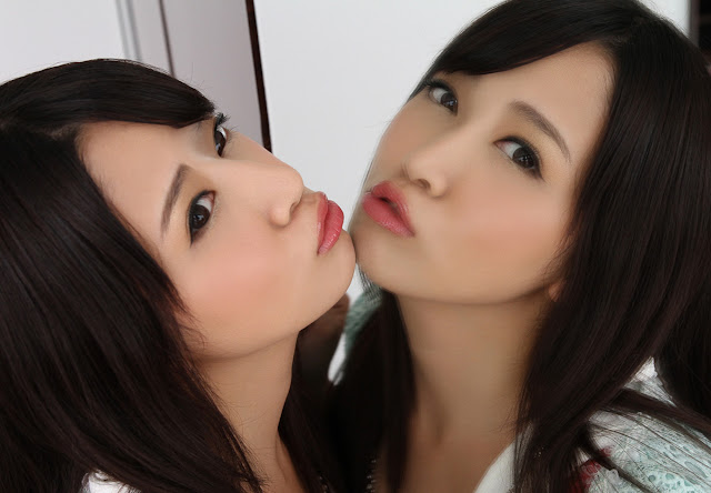 Tomoda Ayaka 友田彩也香 Photos 08