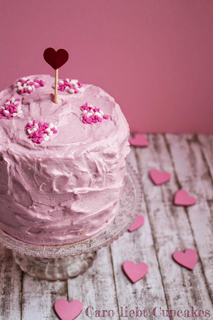 Mini-Kirsch-Torte zum Valentinstag