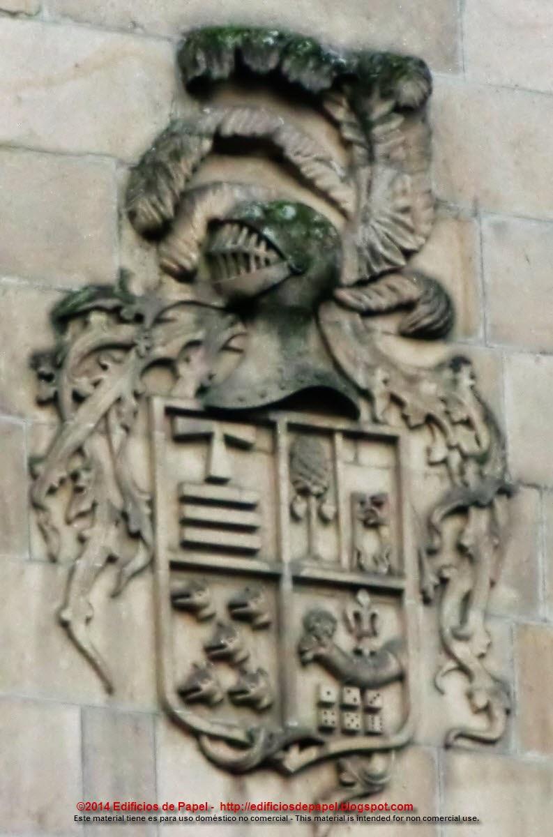 Primero de los tres escudos
