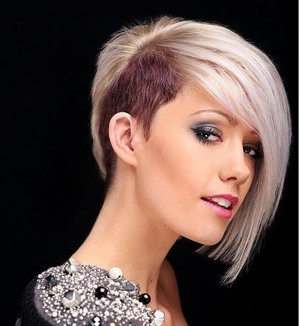 Blunt Short Haircut with platinum blonde hairstyle for thin hair