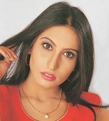 Punjabi Stage Dancer Saima Khan Hot Picture