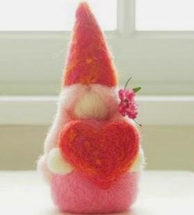 http://translate.google.es/translate?hl=es&sl=en&tl=es&u=http%3A%2F%2Fwww.themagiconions.com%2F2014%2F01%2Fneedle-felting-tutorial-valentines-day-gnome-diy.html