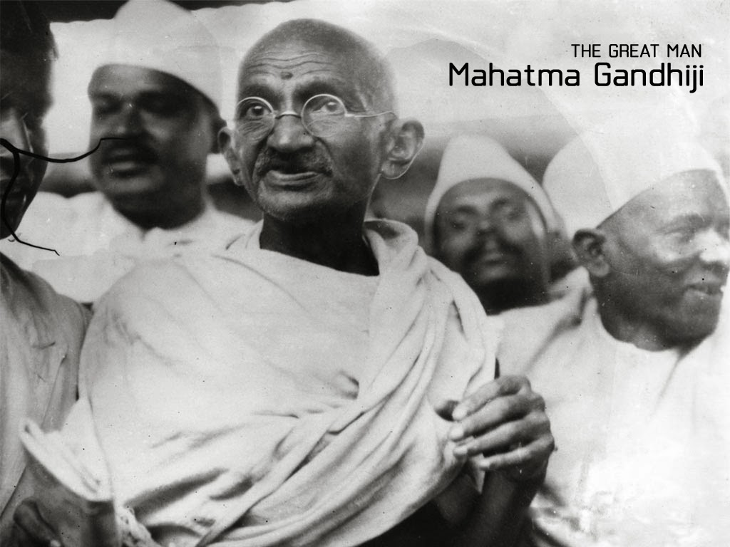 short essay of mahatma gandhi Mahatma gandhi is remembered in the world for four major virtues they are non-violence, truth, love and fraternity by applying these four virtues he brought freedom to india his full name was mohandas karamchand gandhi he was born in porebandar of gujarat on 2 october 1869 his father was an .