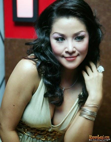 http://1.bp.blogspot.com/-qXc2h0cr0IU/VMZXxHA_g_I/AAAAAAAAANQ/PDiUcS25rkc/s1600/maria_eva_10.jpg