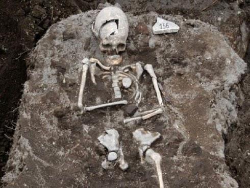 Tulang Ini Dijumpai Ahli Arkeologi Eropah Ianya Bukan Tulang Biasa Dipercayai Milik Puntianak