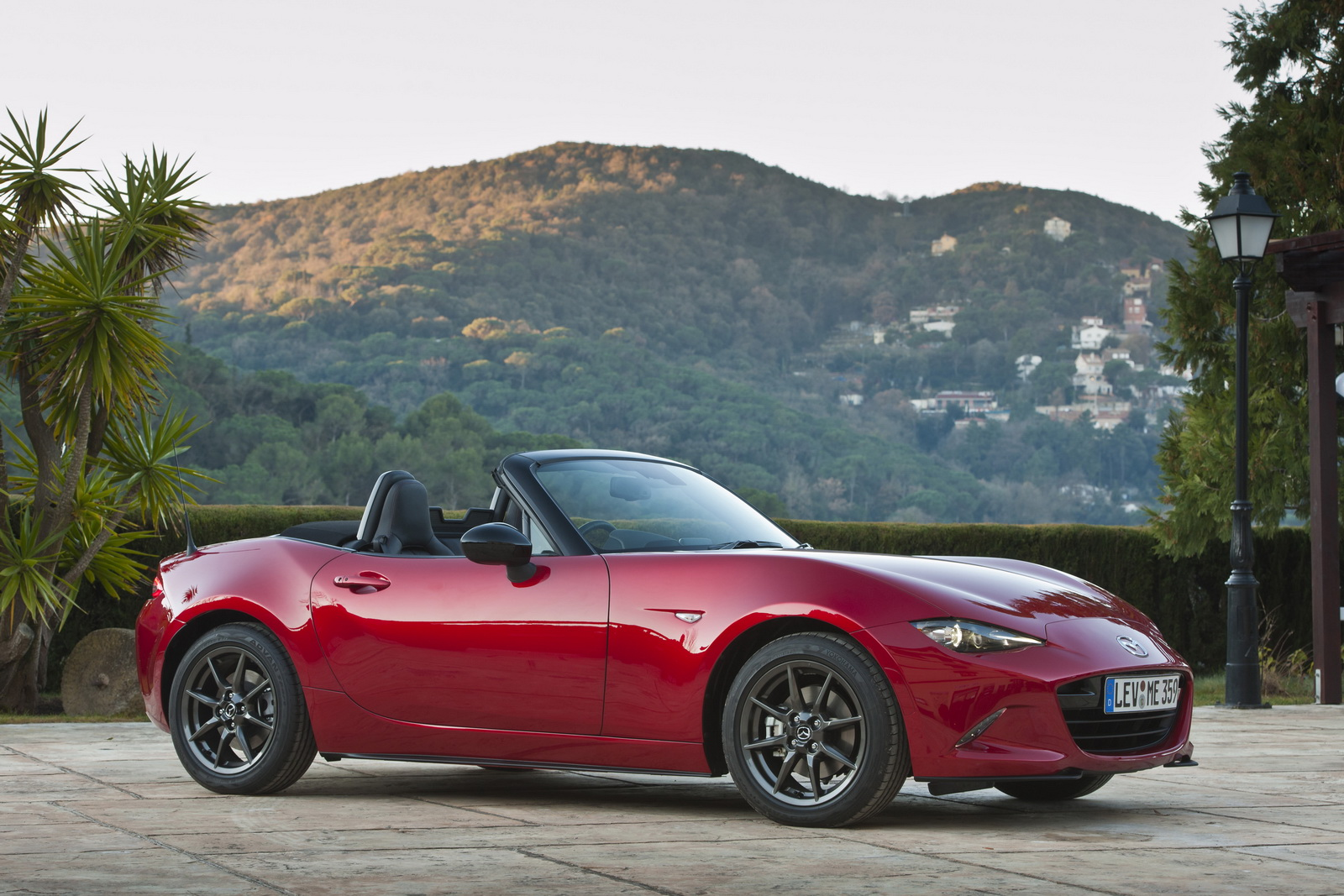 Mazda Throws Fresh Photos Of New MX5 ND [68 Pics]