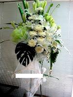 bunga standing duka cita