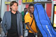 Kocha wa Zambia aka Chipolopolo Herve Renard alopowasili leo (dsc )
