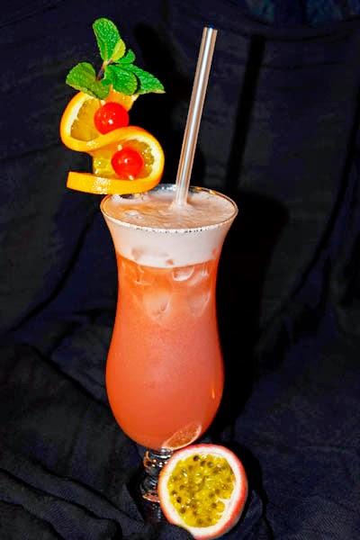Bebidas jugos y zumos abril 2014 for Adornos para cocteles