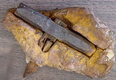 Texas hammer artifact carbon dating