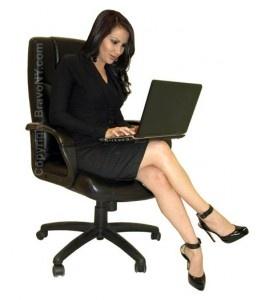 Como crear tu blog de belleza chica con portatil