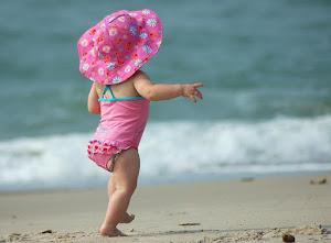 Dicas e vídeo com cuidados de verão para adultos, bebês e crianças!