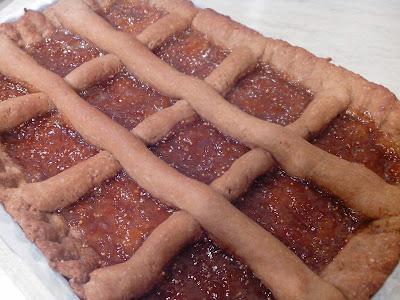 crostata con farina di castagne e marmellata di fichi