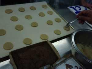 Preparando pastelillos de cabello de ángel.
