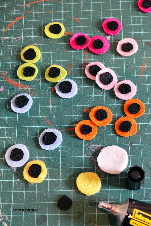 Augen aus Filzkreisen - kostenloses DIY Hauptstadtpuppi