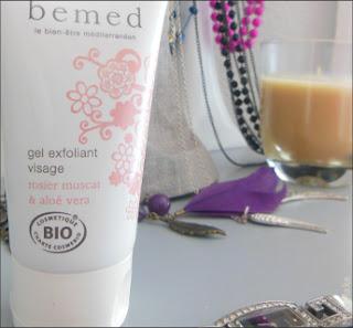 5 gestes essentiels à sa routine pour un teint parfait : avoir une jolie peau quotidiennement grâce à des soins indispensables
