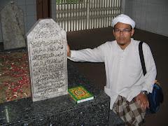 Makam Habib Ali Al Habsyi Kwitang Jakarta Indonesia